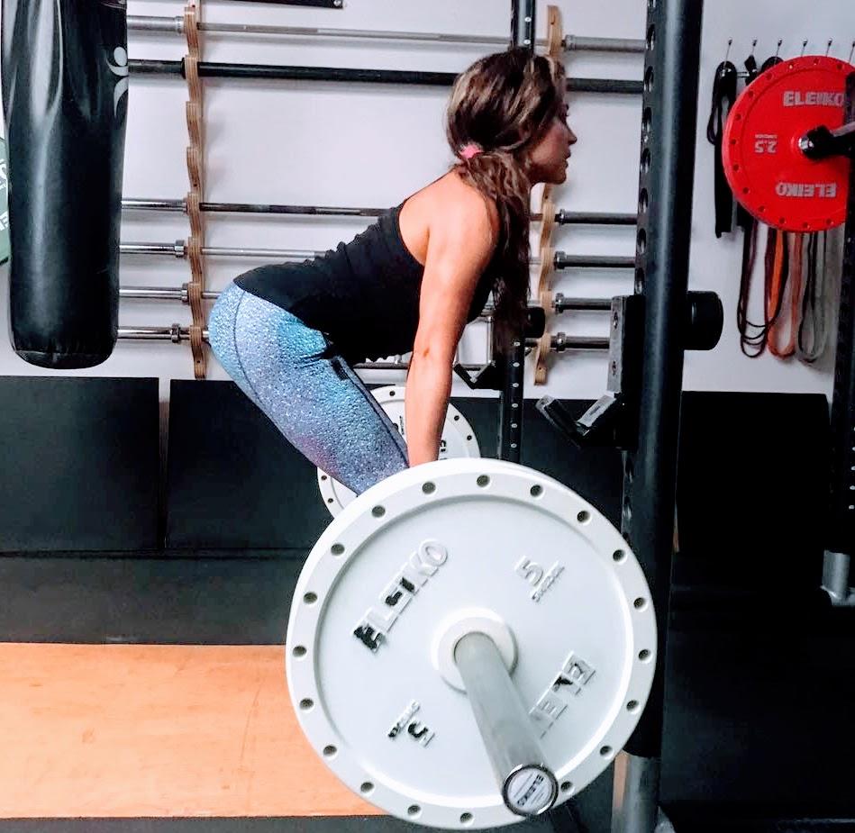 Carolina-Santacruz-entrenadora-personal-de-fuerza